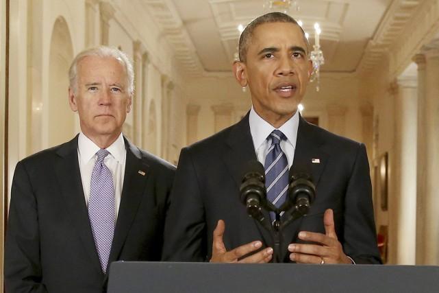 Le président des États-Unis s'adresse à la nation... (PHOTO ANDREW HARNIK, AP)