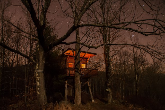 C'est cette photo d'un refuge dans les arbres... (Photo fournie par Michel Chamberland)