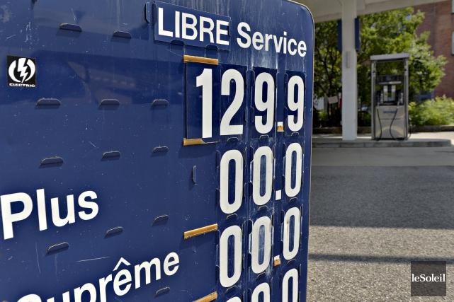 Le prix de l'essence a grimpé en flèche.... (Le Soleil, Pascal Ratthé)