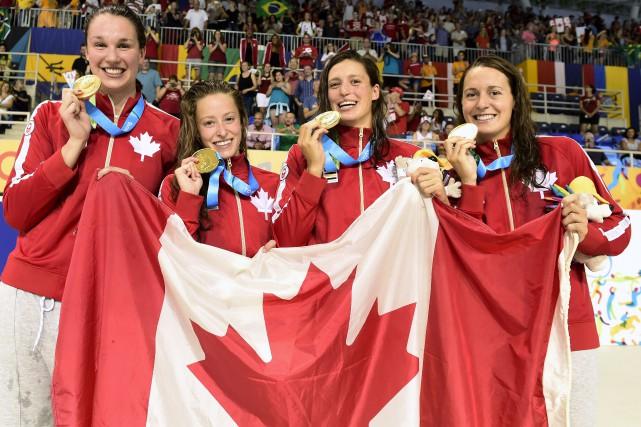 Chantal Van Landeghem, Katerine Savard, Sandrine Mainville et... (La Presse Canadienne, Frank Gunn)