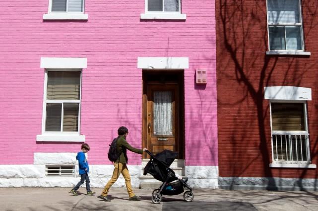 Les gens vivant dans les secteurs à très... (PHOTO ROBERT SKINNER, ARCHIVES LA PRESSE)