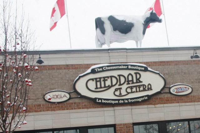 La Ville d'Ottawa a finalement permis à la Fromagerie Saint-Albert de «garder»... (Archives, LeDroit)