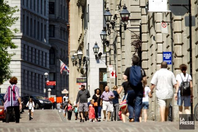 Le tourisme d'affaires et les visiteurs en provenance... (PHOTO MARCO CAMPANOZZI, LA PRESSE)