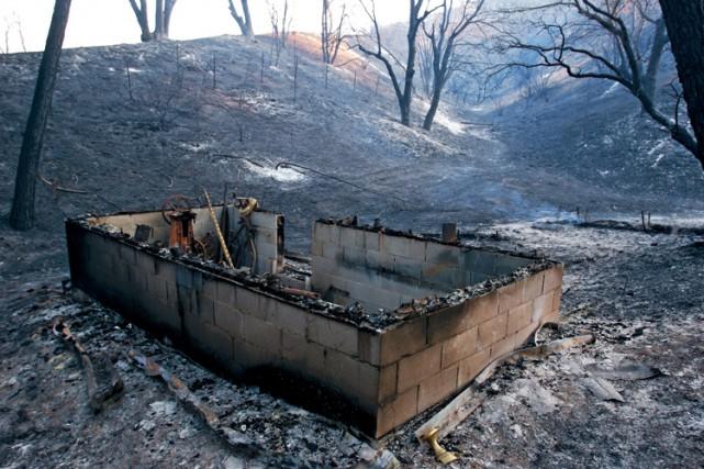 Déjà plus de 3400 feux ont eu lieu... (PHOTO AP)
