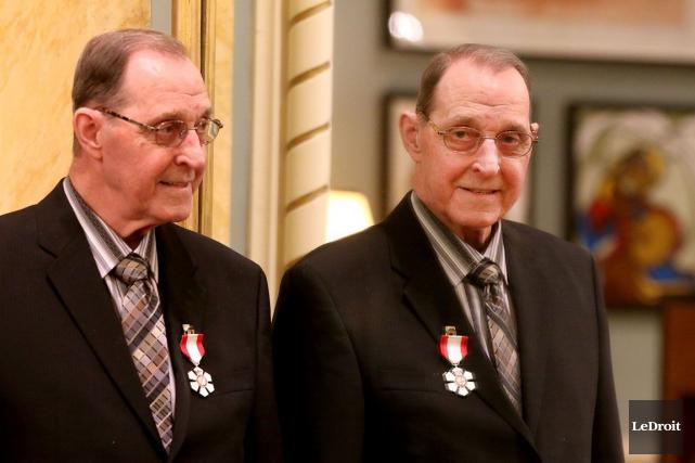 Bernard Grandmaître exhorte le maire d'Ottawa à appuyer... (Patrick Woodbury, Archives LeDroit)