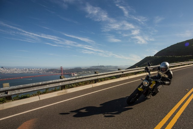 La Ducati Scrambler 2015... (PHOTOS FOURNIES PAR JOE SALAS ET ANDREW WHEELER)