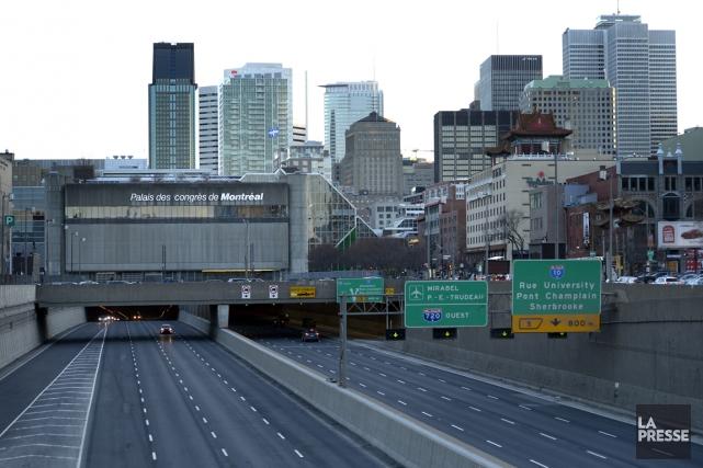 Les accès à l'A720 Ouest, précise Transports Québec,... (PHOTO BERNARD BRAULT, ARCHIVES LA PRESSE)