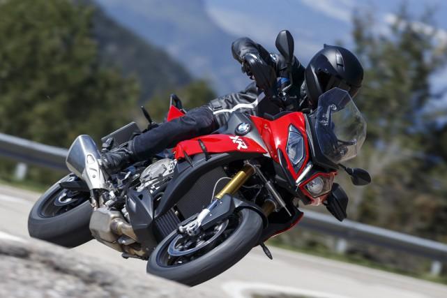 BMW Motorrad tente d'améliorer vos chances de survie... (PHOTO JOERG KUENSTLE, ASSOCIATED PRESS)