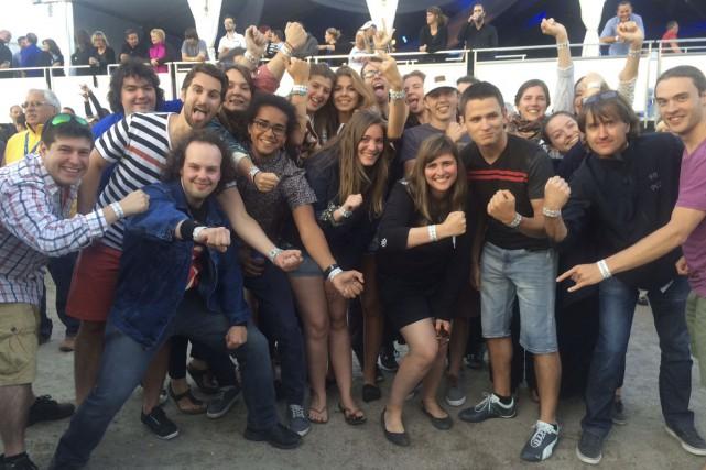 Les 27 jeunes chanteurs du Choeur des jeunes... (PHOTO FOURNIE PAR LE CHOEUR DES JEUNES DE LAVAL)