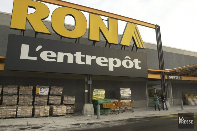Les trois magasins franchisés Rona de Gatineau et les deux d'Ottawa seront... (Archives La Presse)
