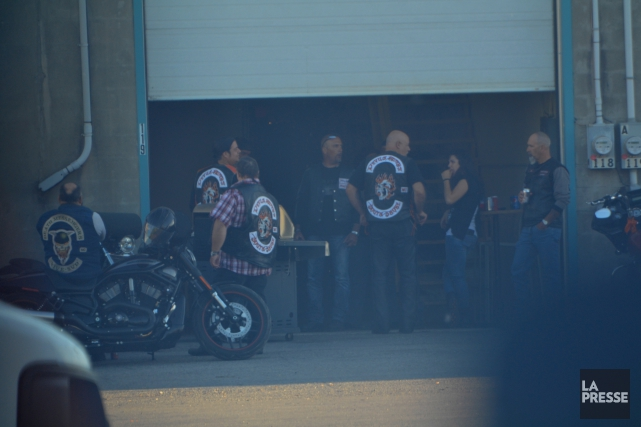 Des Devils Riders etaient presents lors dun BBQ... (Photo La Presse)