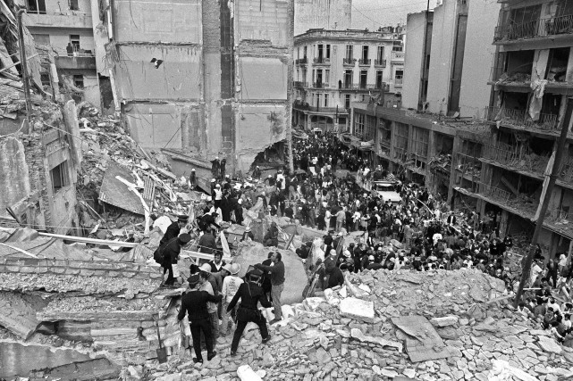L'attentat, qui ciblait les principales institutions juives d'Argentine,... (PHOTO ARCHIVES AFP)