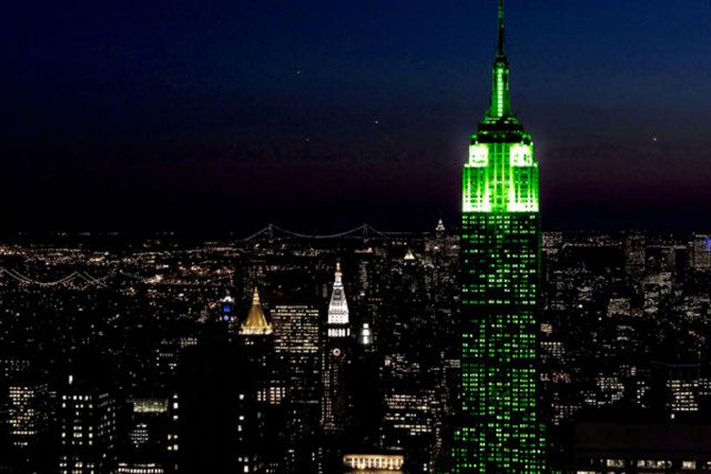 L'Empire State Building, vendredi soir.... (Photo tirée de l'internet)