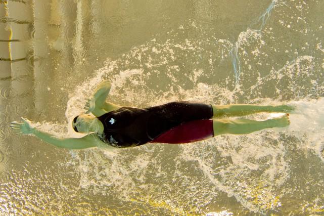 Emily Overholt au 400 m style libre, qui... (Photo DAMIEN MEYER, AFP)