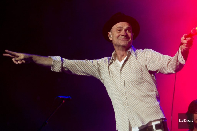 Le chanteur des Tragically Hip, Gordon Downie, a... (Martin Roy, LeDroit)