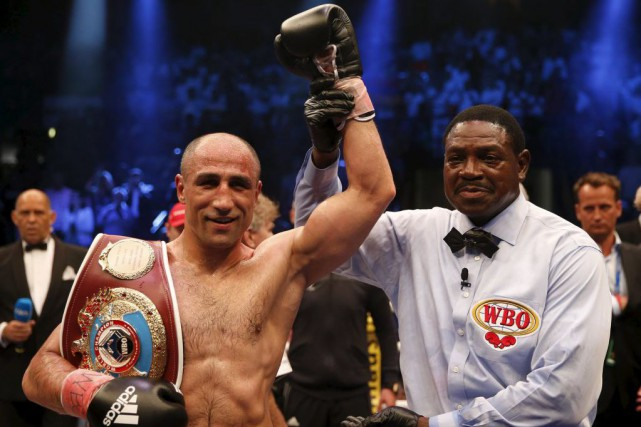 Arthur Abraham... (PHOTO WOLFGANG RATTAY, REUTERS)