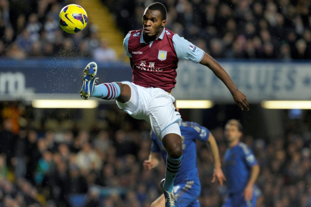 Christian Benteke a marqué 49 buts en 101 apparitions... (PHOTO TOM HEVEZI, ARCHIVES AP)
