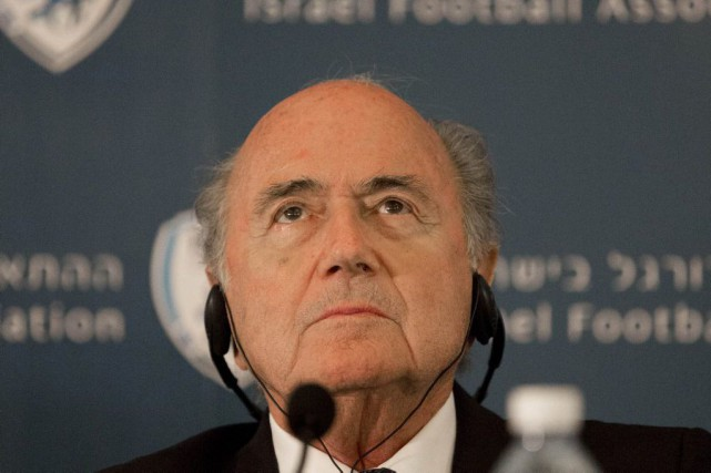 Sepp Blatter.... (PHOTO TSAFRIR ABAYOV, ARCHIVES AP)