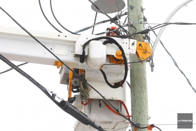 L'orage qui s'est déchaîné sur Sherbrooke hier soir a privé d'électricité... (Archives La Tribune)