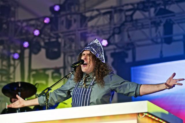 L'une des icônes de la chanson de parodie et du vidéoclip, «Weird Al»... (PHOTO ARCHIVES AP)