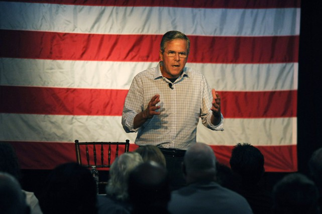 Le candidat à l'investiture républicaine Jeb Bush... (PHOTO JASON BEAN, THE RENO GAZETTE-JOURNAL/AP)