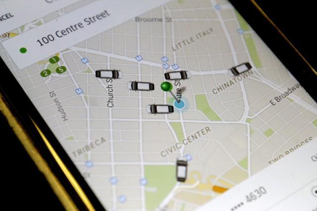 L'application Uber montrant les véhicules disponibles dans Manhattan.... (Photo Mary Altaffer, archives AP)