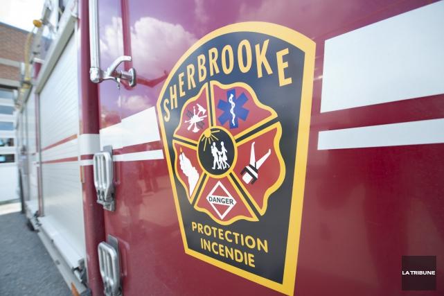 Les pompiers de Sherbrooke ont réagi promptement, mardi après-midi, en... (Archives La Tribune, Julien Chamberland)