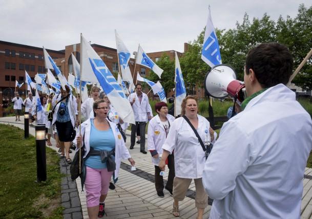 Plus de quarante professionnels de la santé ont... (François Gervais)
