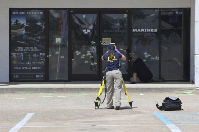 Le FBI a indiqué mercredi que l'auteur de la fusillade à Chattanooga, qui a... (Photo Dan Henry, AP/Chattanooga Times Free Press)