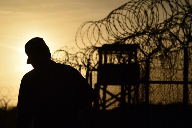 Il reste 116 détenus dans le centre de... (PHOTO ARCHIVES AFP)