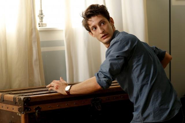 Dans Un homme idéal, Pierre Niney -plus jeune... (Photo fournie par AZ Films)