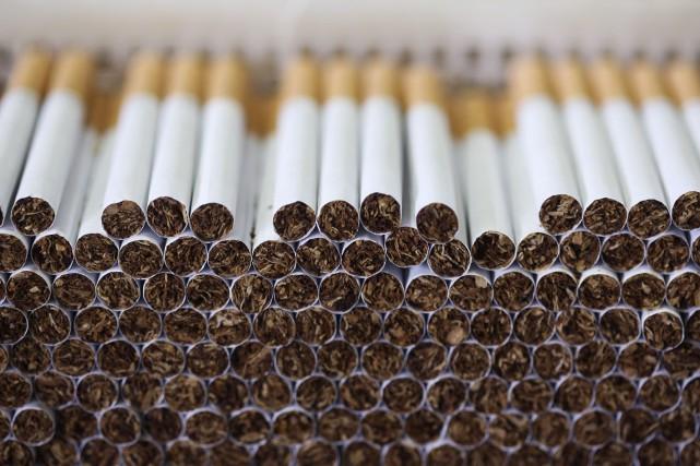 Les grands fabricants de cigarettes n'auront finalement pas à payer 1,13... (PHOTO ARCHIVES BLOOMBERG)