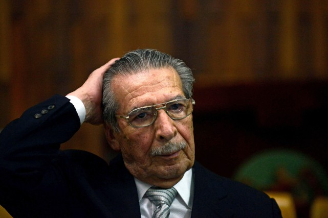 Efrain Rios Montt... (Photo Johan ORDONEZ, AFP)