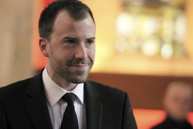 Le chef québécois Martin Robidoux assure la direction...
