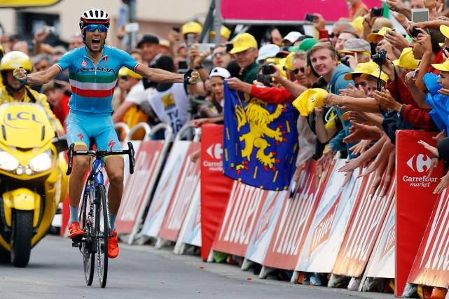 L'Italien Vincenzo Nibali a remporté la 19e étape... (Photo Stefano Rellandini, Reuters)
