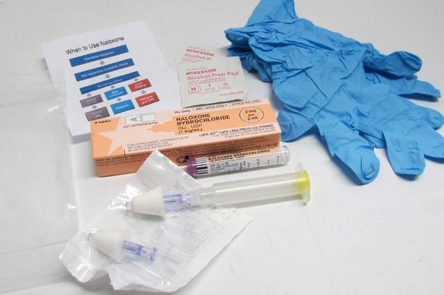 Santé Canada examinera le statut de médicament d'ordonnance de la naloxone, qui... (PHOTO ARCHIVES LA PRESSE CANADIENNE)