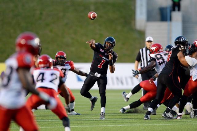Les Stampeders ont créé l'égalité grâce à un... (Photo Sean Kilpatrick, La Presse canadienne)