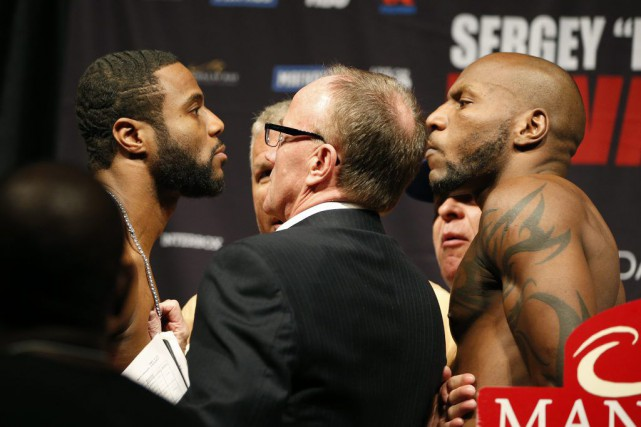 Jean Pascal face à Yuniesky Gonzalez lors de... (PHOTO JOHN LOCHER, AP)