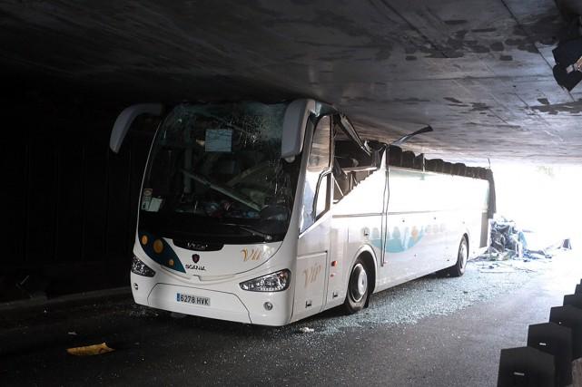 Le chauffeur de l'autocar, âgé de 59 ans... (PHOTO AFP)