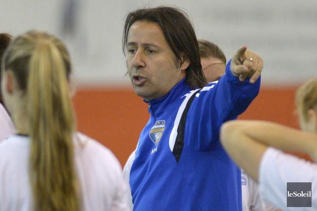 L'entraîneur-chef Marc Mounicot devra faire des choix déchirants... (Photothèque Le Soleil, Yan Doublet)