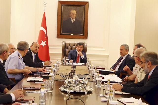 «La présence d'une Turquie susceptible d'utiliser efficacement la... (PHOTO HAKAN GOKTEPE, REUTERS/BUREAU DU PREMIER MINISTRE)