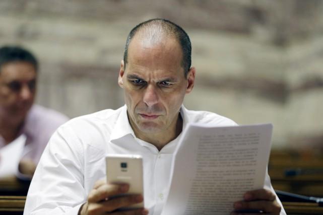 L'ex-ministre grec des Finances Yanis Varoufakis.... (PHOTO THANASSIS STAVRAKIS, AP)