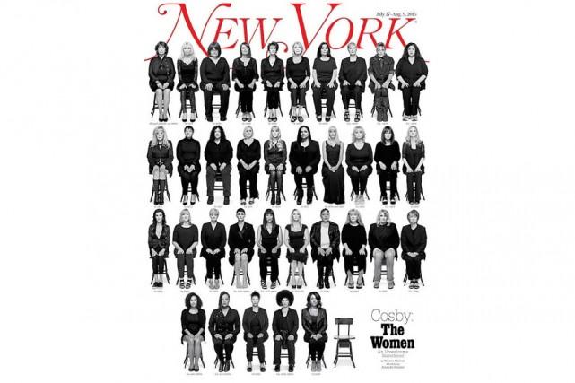 L'image est forte. En première page du magazine New York, 36 chaises noires sur...