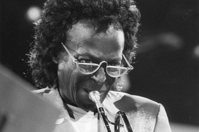 Miles Davis en spectacle à Montreux en juillet... (PHOTO ARCHIVES AP)