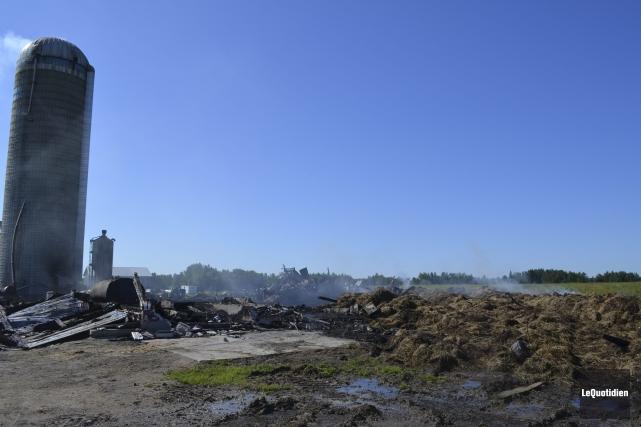 Le feu aurait pris naissance dans le séchoir... ((Photo Le Quotidien Louis Potvin))