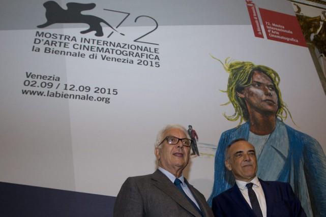 Paolo Baratta (à gauche), président de la Mostra,... (PHOTO AP)