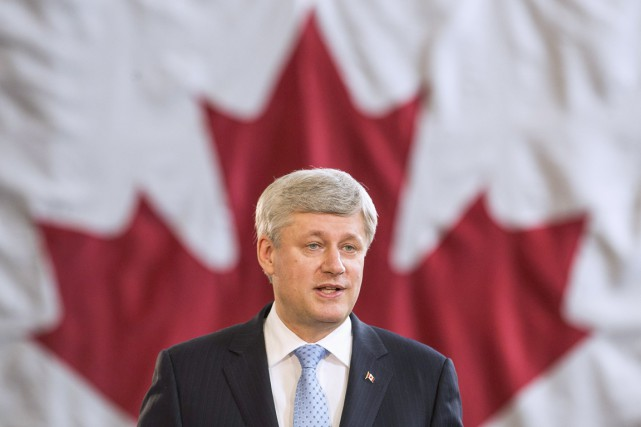 Stephen Harper a répondu hier aux rumeurs en... (Photo Reuters)