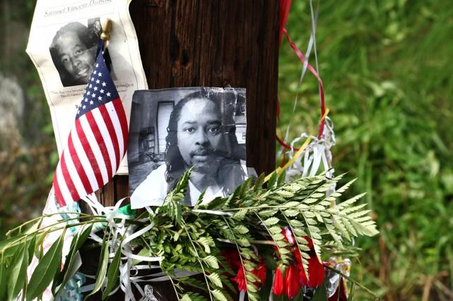 Samuel DuBose a été tué le 19 juillet... (PHOTO TOM UHLMAN, AP)