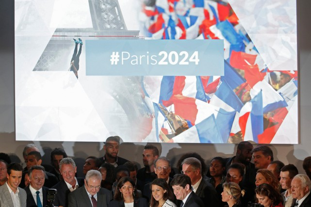 La campagne Paris 2024 a été officiellement lancée le... (PHOTO CHRISTIAN HARTMANN, ARCHIVES REUTERS)