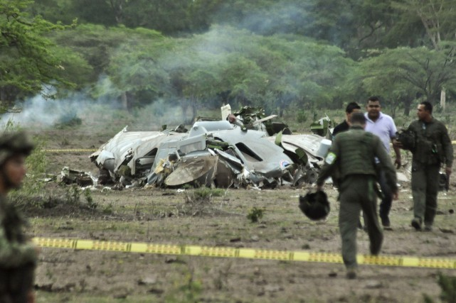 Il s'agit du 2e accident impliquant un avion... (PHOTO AFP)